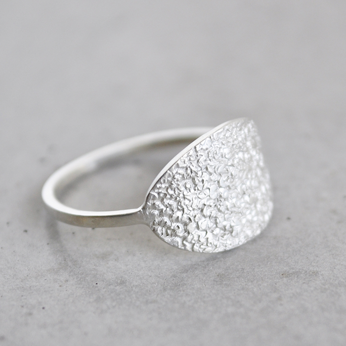 Sterling silver textured curved oval face ring