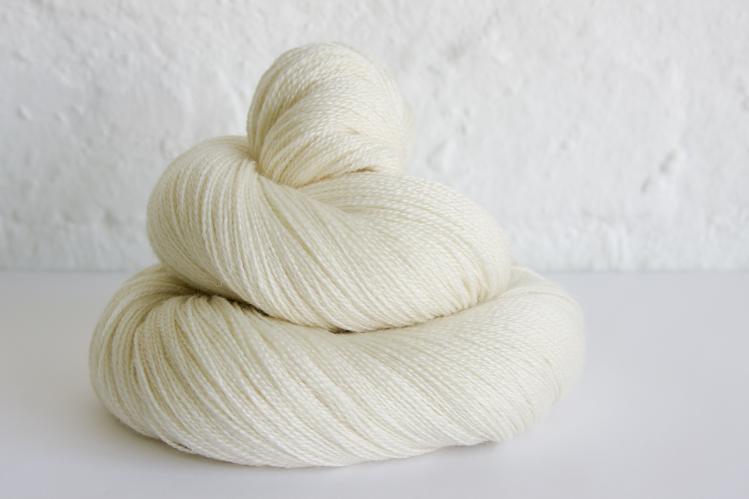 Colour - Natural white