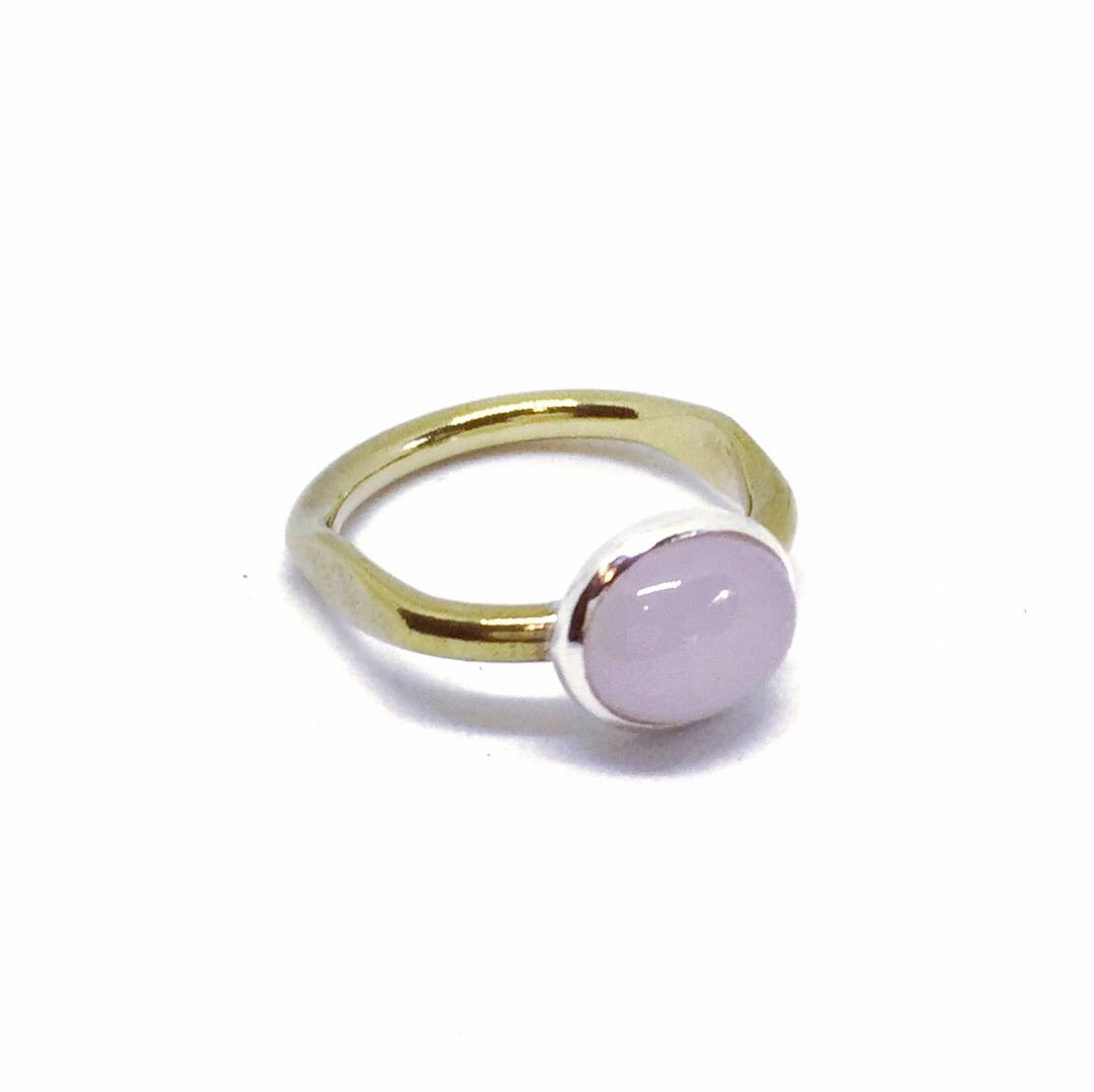 The Petal Ring can be made to order in any metal and gemstone of choice.