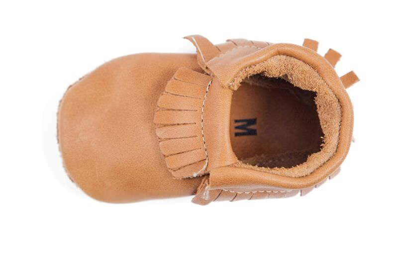 Look ultra stylish in our leather mustard mikado moccasin with elasticated ankle and non-slip soft sole.