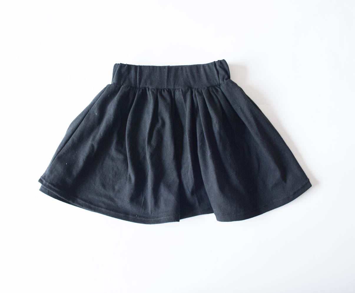 OUR SKIRTS COME IN PLAIN COLOURS ASWELL AS SOME BEAUTIFUL PRINTS.  THEY ARE FLAIR SKIRTS & ARE MADE OUT OF GOOD QUALITY COTTON KNIT.