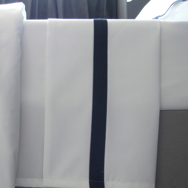 Signature Collection - Double Oxford Flat Sheet - Midnight/White