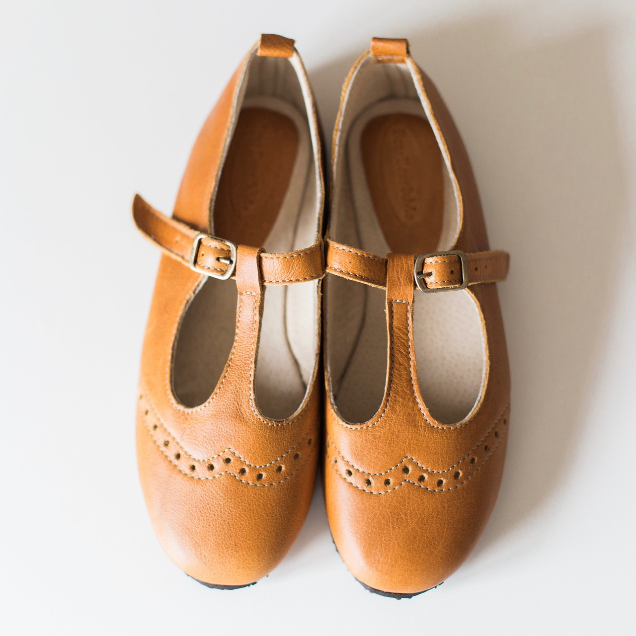Ladies Tan Mary Janes with broguing - LMJ1