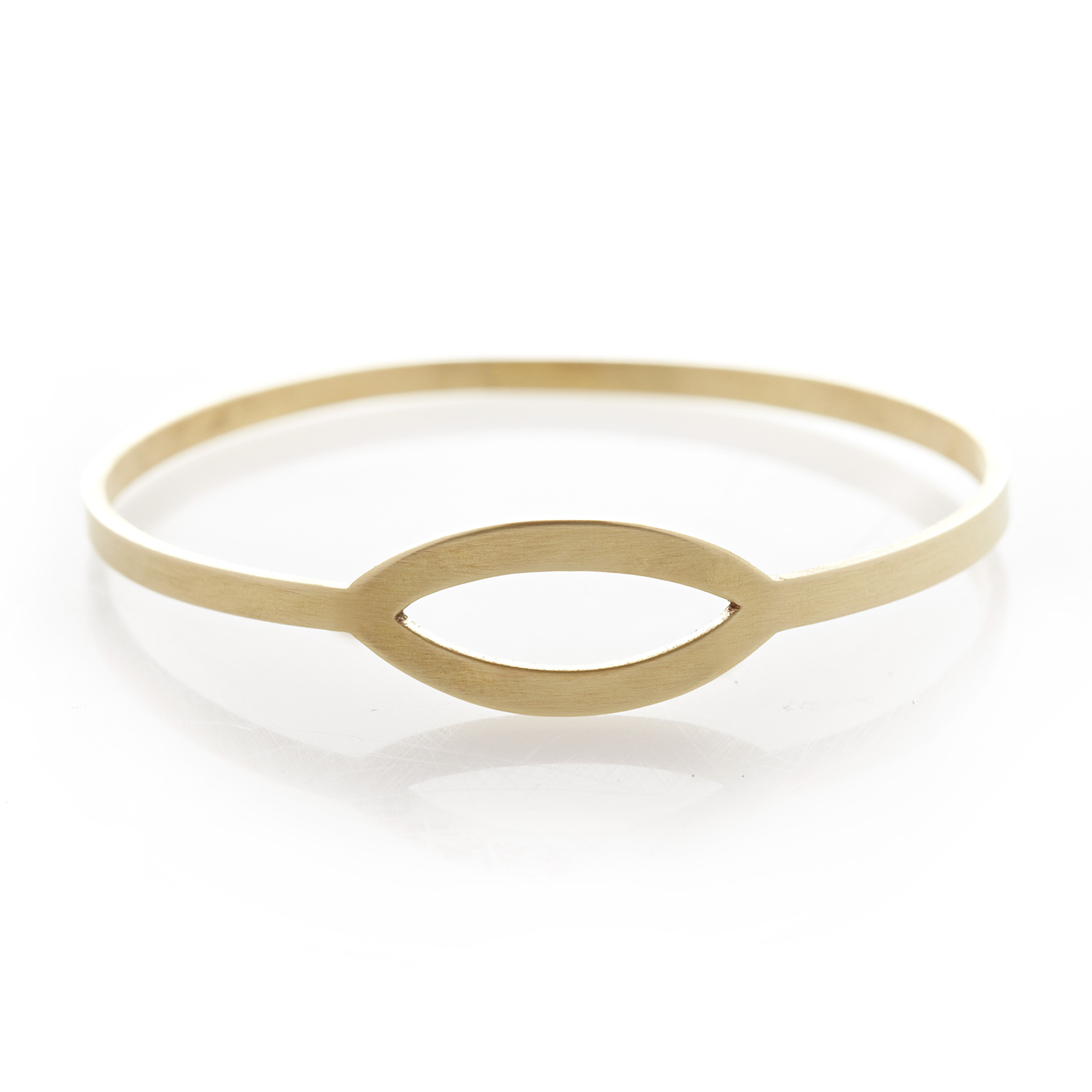 Pod brass bangle