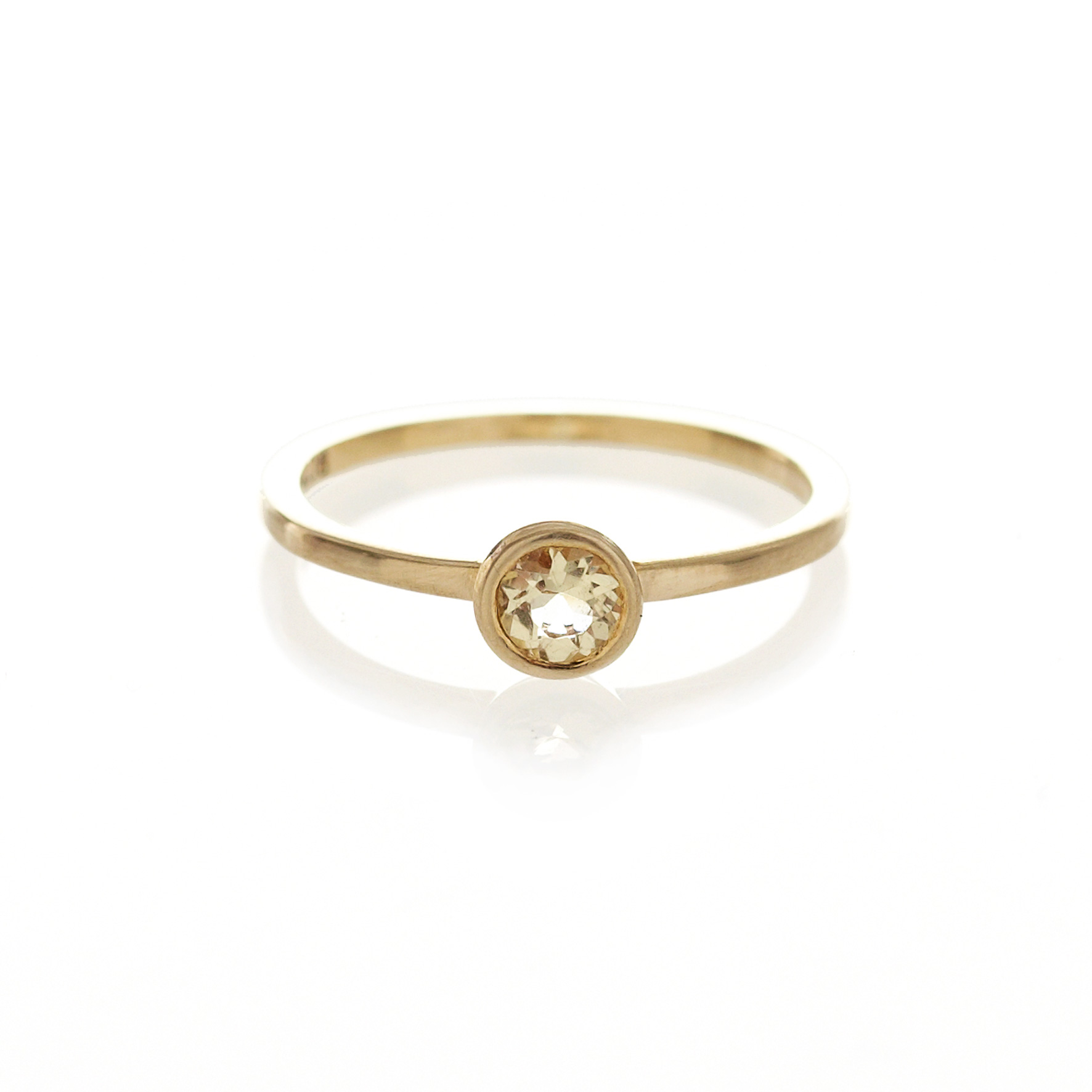 Bezel set citrine ring in 9ct yellow gold