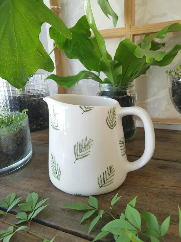 This medium size jug is ideal for warming up milk for your morning cereal. Or making hot chocolate in the microwave for more than one. Also for serving custard with dessert.  Height:  13 cm  Width:  11 cm