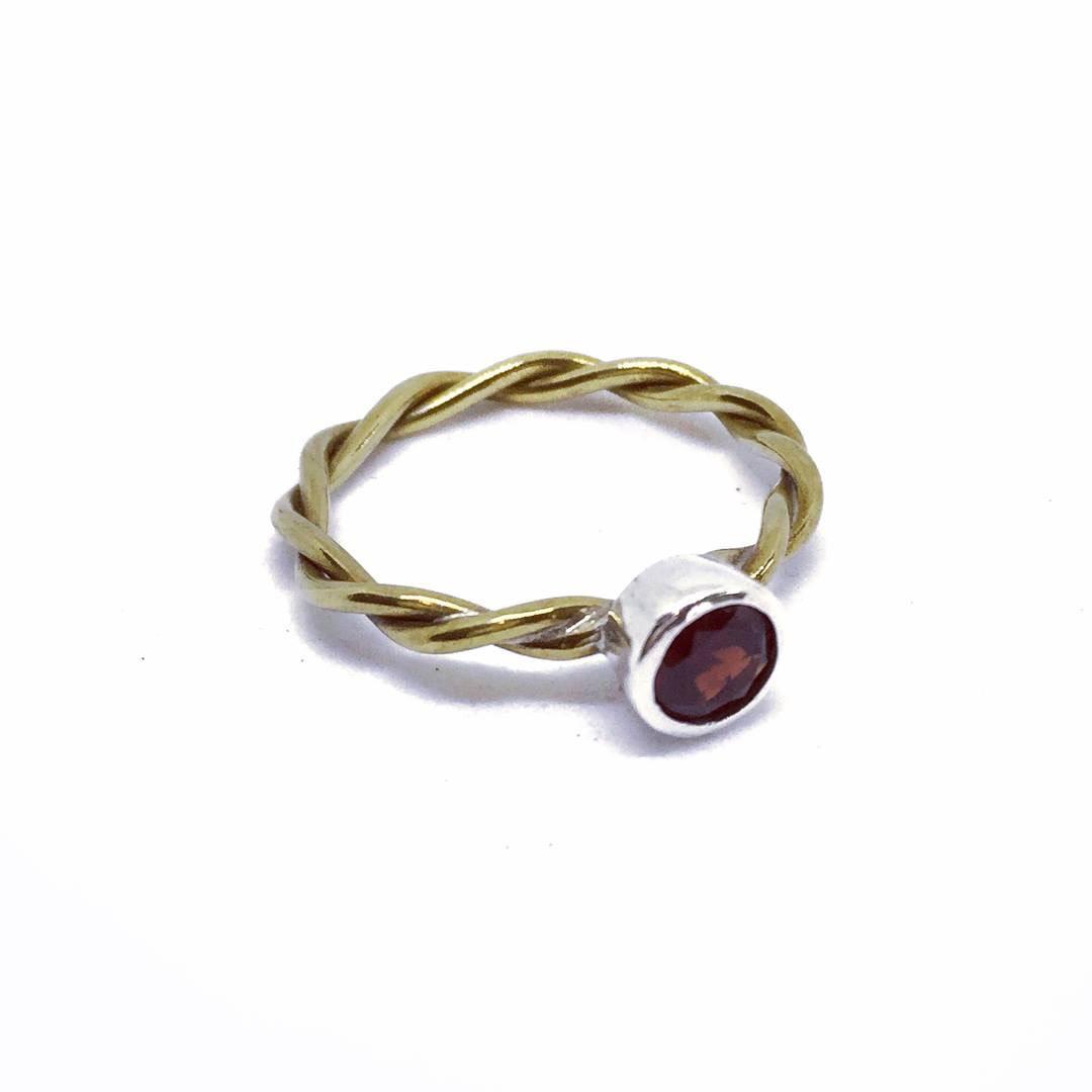 Layla Garnet Ring