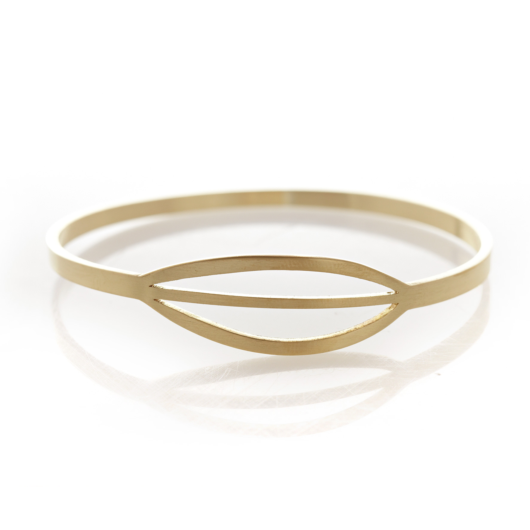 Pod striped brass bangle