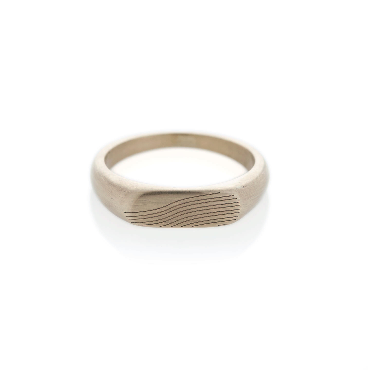Slope white gold landscape signet ring