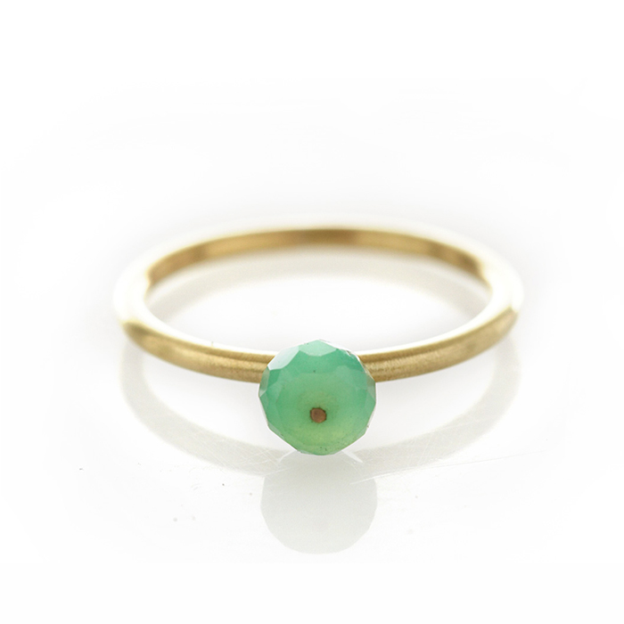Chrysoprase brass ring