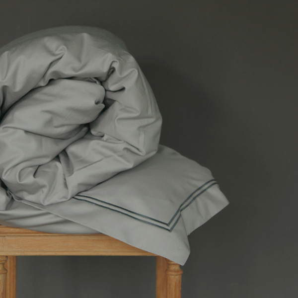Signature Collection - Double Satin Stitch Duvet Covers - Charcoal on Shadow