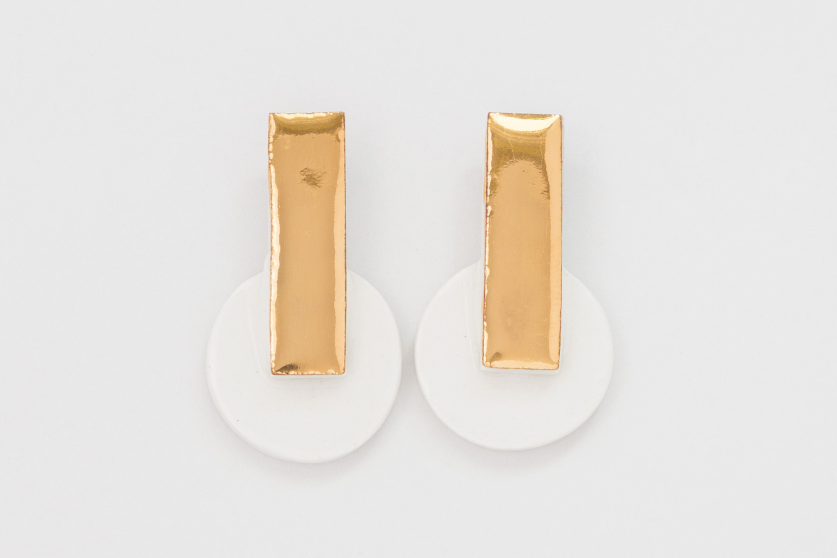 30 mm x 20 mm | Sterling silver | Porcelain earrings painted with 18 karat gold lustre