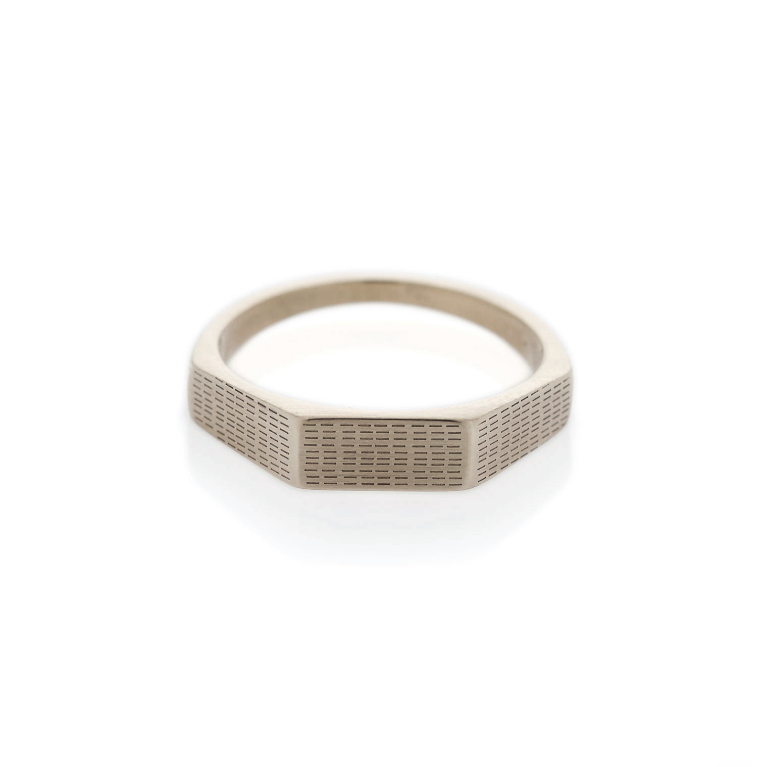 Horizontal rain three edge white gold signet ring