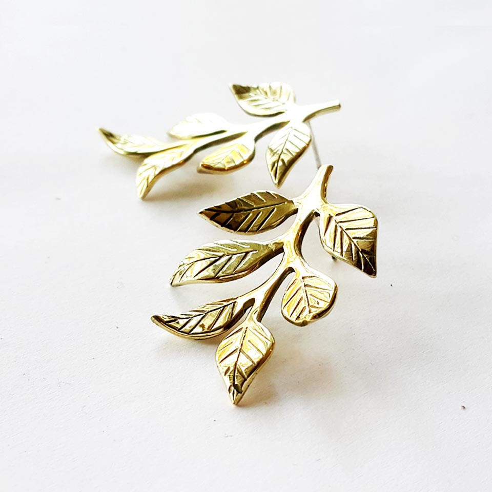 LEAFY Stud Earrings