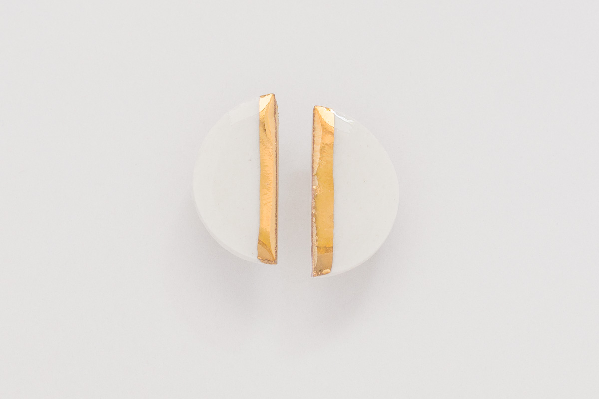 15 mm x 10 mm | Sterling silver | Porcelain earrings painted with 18 karat gold lustre