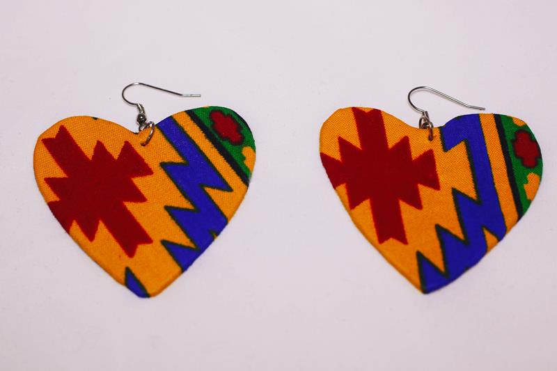 Who needs love, when you've got a pair of Bathandwa (heart-shaped) earrings?  *wink...wink.. nudge...nudge* :) Seriously though, these earrings are handmade with love from UZANI to you. Treat yourself or treat a loved one.