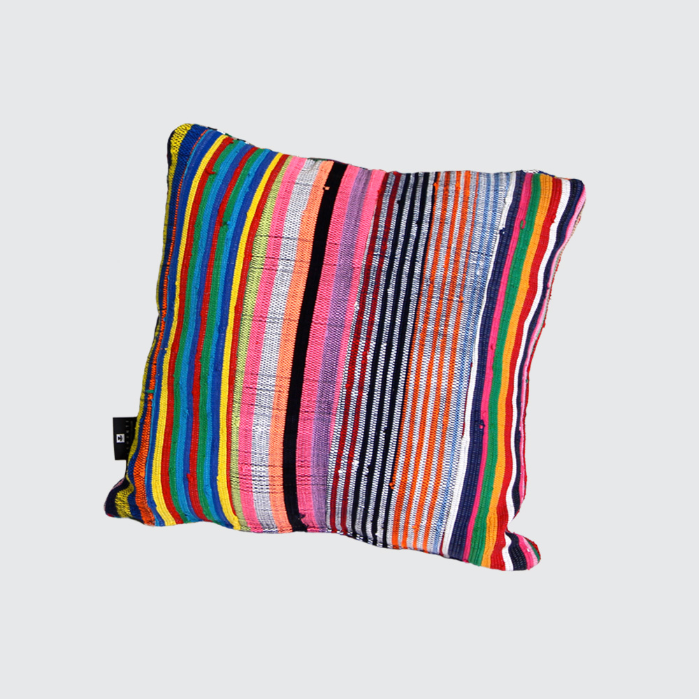 Comfy-up your work, play, or rest space with our larger rectangular Pumla cushions. Quilted from strips of our signature fabric (blend of cotton, raffia, and cotton mix). Made with different colour combinations on either side – have fun flipping your Pumlas to suit your vibe. Available with a quality upcycled inner cushion, or flatpacked as the cover only.