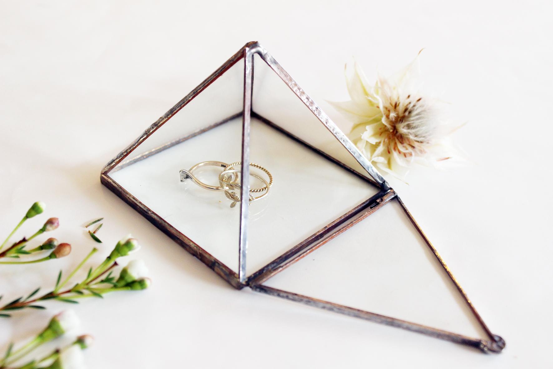 Pyramid Ring Box
