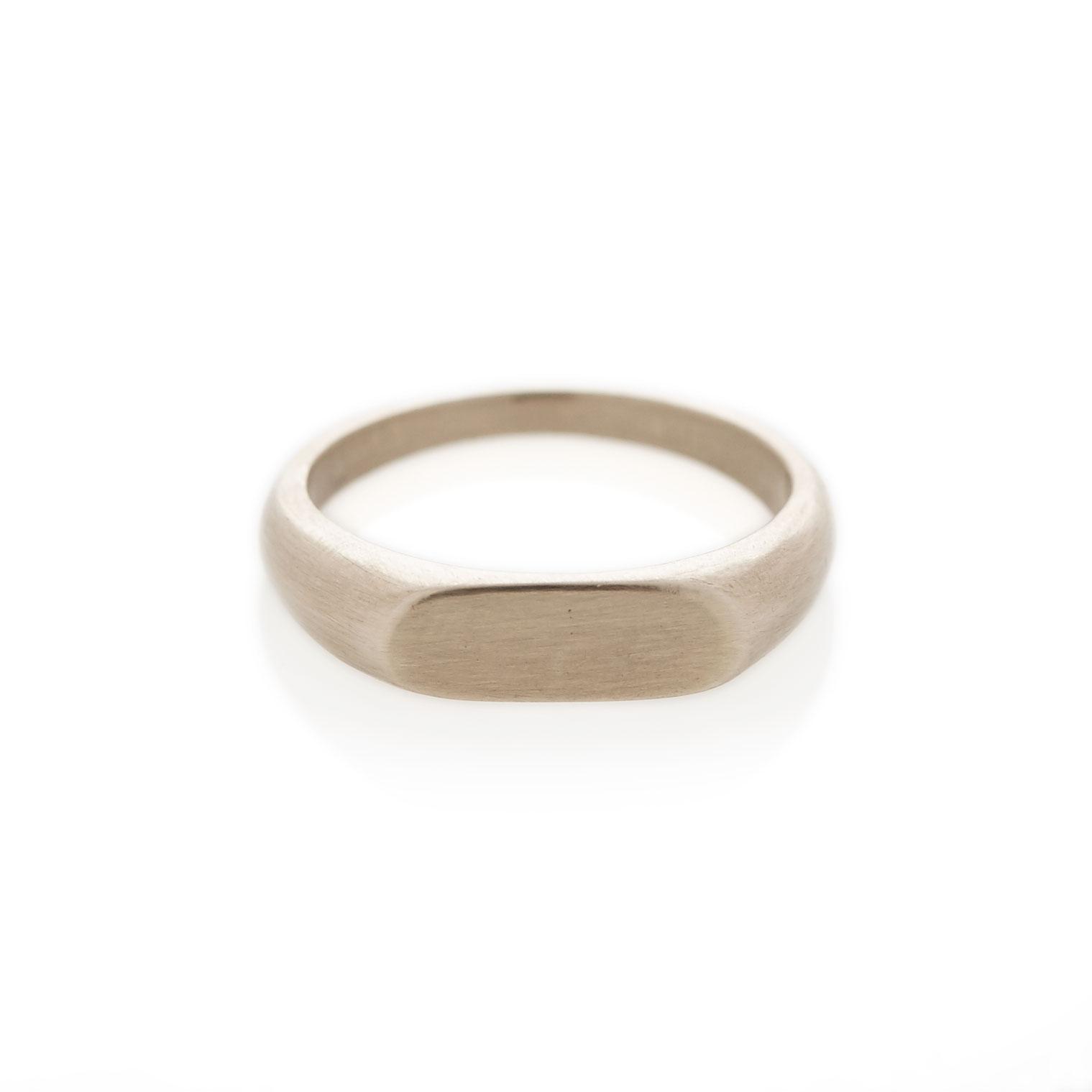 9ct white gold landscape signet ring