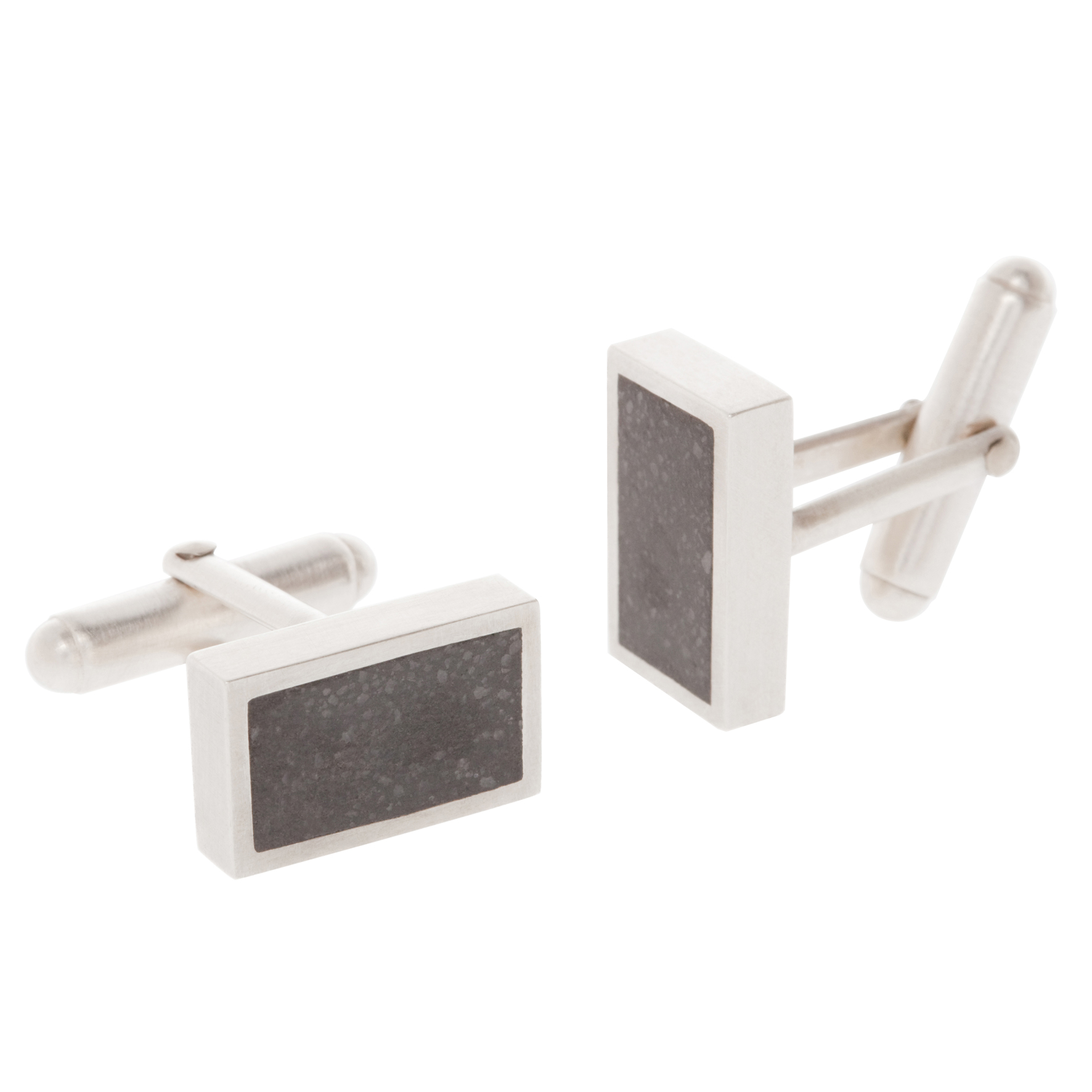 Simultaneously classic and contemporary, these cufflinks measure 17mm by 10mm with a height of 3.6mm.