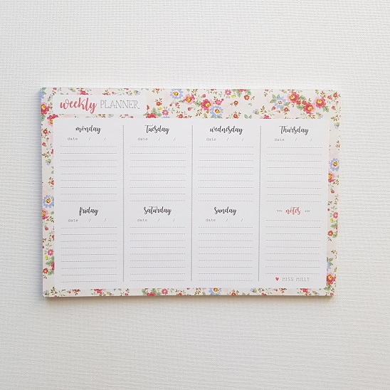 Add some prettiness to your workspace with this weekly planner - it will help you organize your week in the most beautiful way. It is perfect for capturing all of your priorities, appointments and more. Not only does it include a space for all your important dates, deadlines and appointments in once simple, easy-to-view place but it also has an extra section for notes.