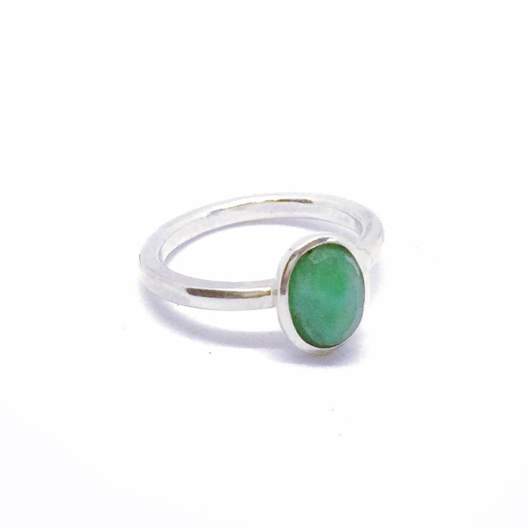 The Tessa Ring can be made to order in any metal and gemstone of choice.