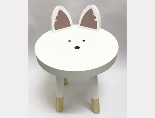 A quirkly little cat chair, ideal for any toddler!