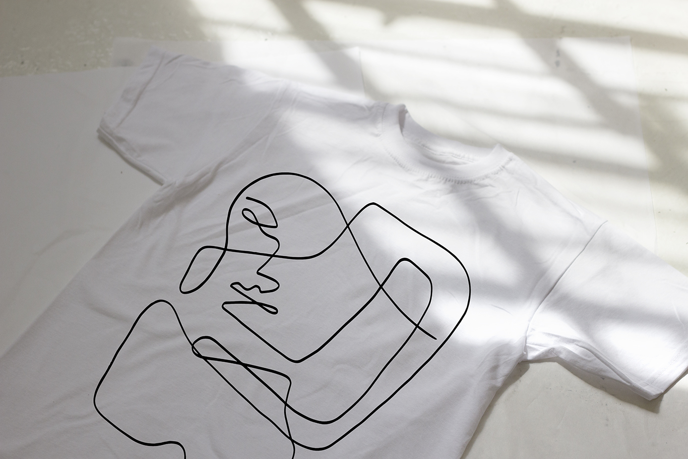 'Liney' limited edition tee