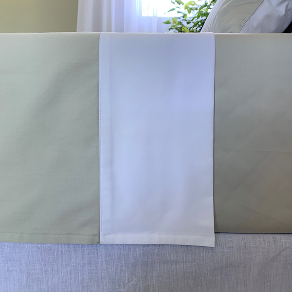 Signature Collection - Two Tone Flat Sheets - White on Oyster