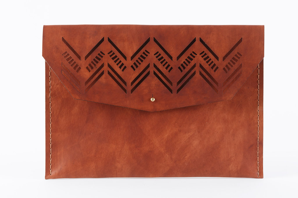 Large Diagonal Clutch