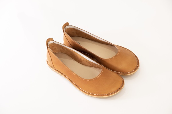 Zuri Plain Tan