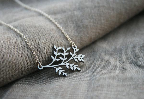 Botany necklace