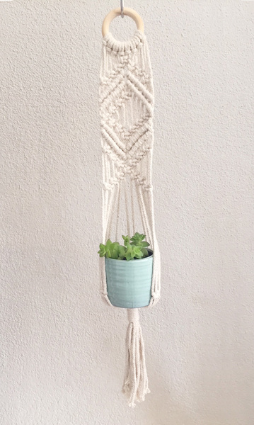 One-sided Plant Hanger: Patterned