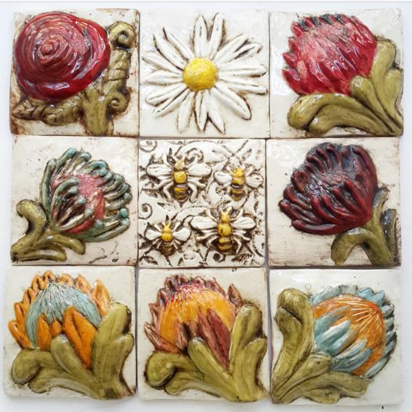 Tile, Protea