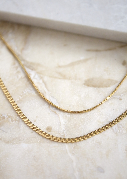 Set of two everyday lightweight chains. Great for layering with other chain and necklaces.