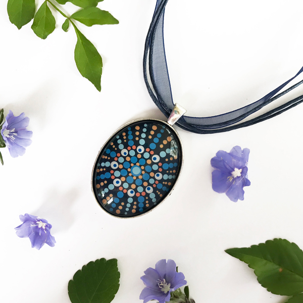 Hand-Painted oval glass carbochon (40 x 30mm) set in a silver alloy pendant.