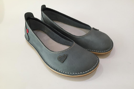 We are proud to launch our Zuri ballerinas, our classic, all–leather shoe that offers style, character and flair. They can be worn with anything! Dress it up for an elegant look, or dress it down for casual wear, these ballerinas bring a unique and relaxed charm.  The extra detail of either a leather heart, our signature leather button, or a leather strap across the foot allows these ballerinas to give a lovely feminine appeal, allowing your feet to look their best, and emphasizing your individuality. Zuri means lovely and beautiful, which speaks of the beauty in every woman.  The Zuri ballerina is made from genuine leather uppers and comes in a variety of styles and colours. It is soft, comfortable, and made for a wider foot. For the narrower foot, we add a leather footbed to fill up the extra space to create a snug fit. A layer of memory foam covers the insole, which is then covered with leather for extra comfort and durability. A great deal of attention and love goes into producing each and every ballerina. Happy strolling!  NOTE: Zuri ballerinas are available with hearts, straps, buttons or plain, in the colourspink, red, navy, tan, dark brown, black, and gray.  IMPORTANT: Before ordering, please consult the size chart and add your actual foot measurement to the comments section when ordering.Click to view size chart and foot measurements.  For extra comfort and care add aBummel leather footbed and leather foodto your cart.  Find out more interesting facts about Bummel Shoes -read more...  FREE SA shipping of orders over R1000.