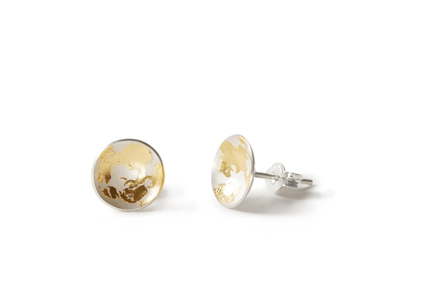Silver studs | 22ct yellow gold leaf    *please make sure to select preferred colour and size
