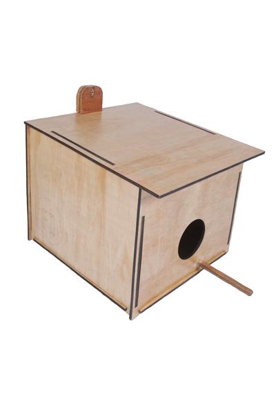 Hooters Barn-Owl Nesting Box