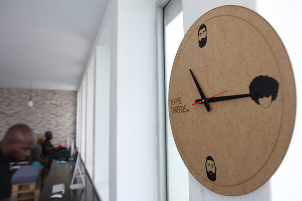 Giant Wall Clocks