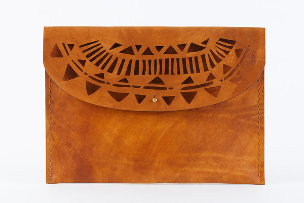 "The Large Temple clutch is hand crafted using locally sourced vegetable tanned cowhide. Perfect fit for an 13"" Macbook or as an A4 document folder. 