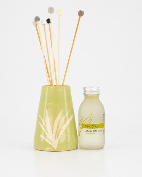 Diffuser Set includes:  Ceramic holder, Bamboo Sticks and Diffuser liquid refill  3 Options available:  Lemongrass Set  Cape Malva Set  Vanilla Ylang Ylang Set