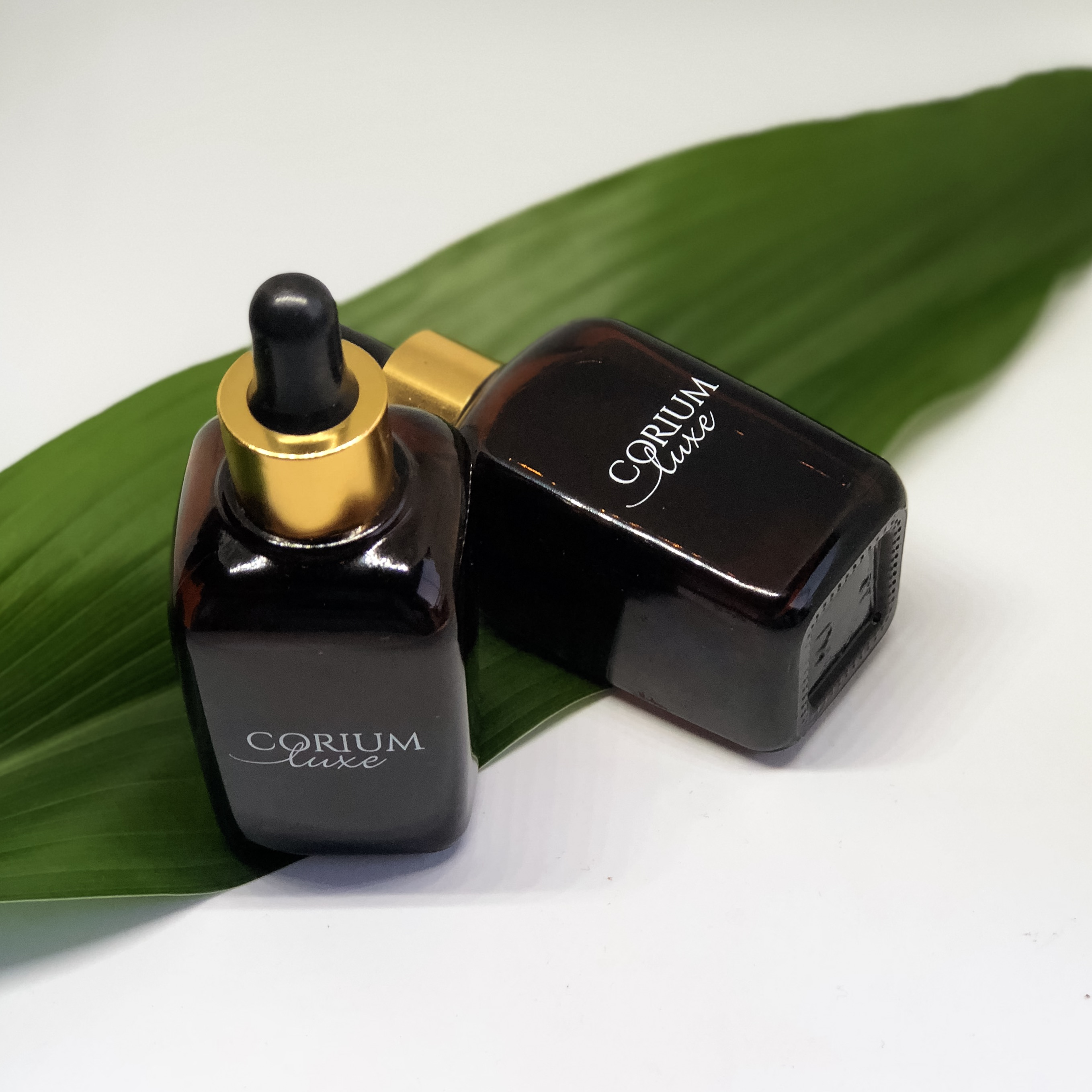The #GlowUp Skin Combo includes the Luxe Pure Argan Oil and the Luxe Pure Moringa Oil. Both of these Luxe Oils are suitable for all skin types, and assist with the maintenance of healthy looking skin and a natural glow. Both oils have a high content of antioxidants, and Argan Oil is sebum-regulating and aids in the production of oil and the oily appearance of skin. Moringa is the buzzword of our times and is a superfood. Both oils are anti-inflammatory and will keep your skin on its A-game.
