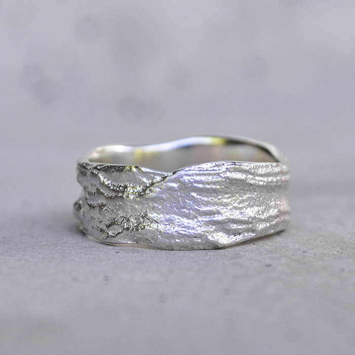 Moringa bark textured freeform ring