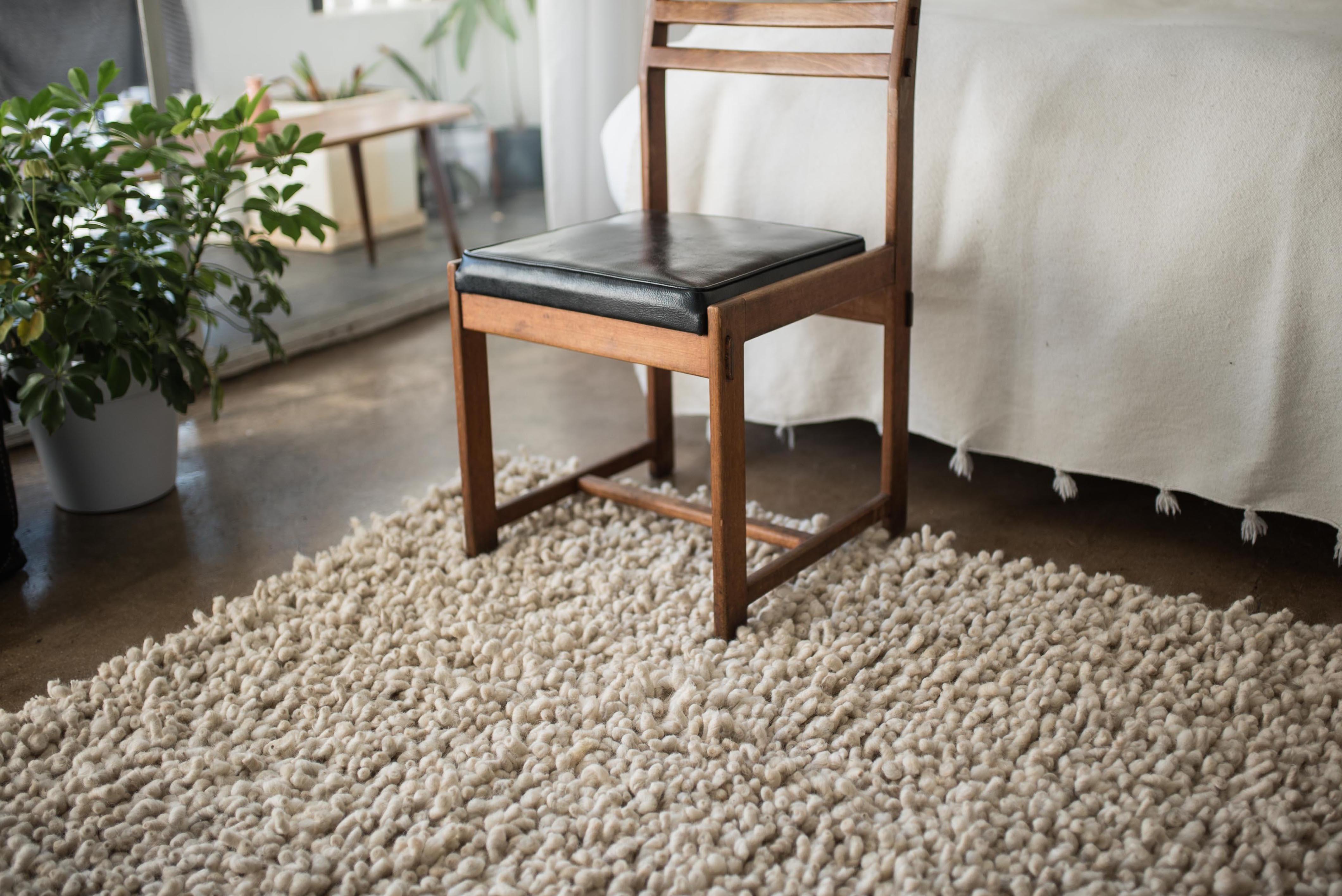 Dsc08564 karakul knot weave white